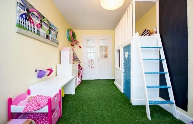 Harga Rumput Sintetis di Trenggalek Untuk Ruang Kamar